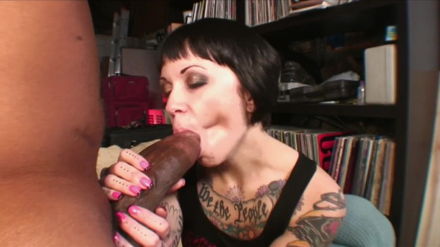 Shorty mac cock pictures - Tattooed bad ass white chick cant handle shorty mac insane giant black cock