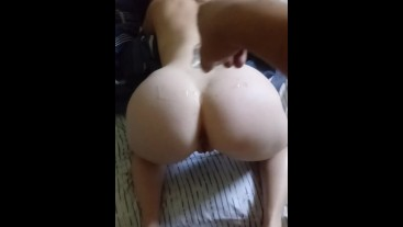 Pale beautiful bubble butt Pawg gets oiled up and creamed.