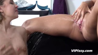 Vipissy - Wet Sex Toys - Pissing Lesbians