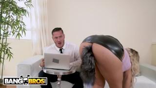 Porno Trubka - Ass Parade Bangbros Milfka Sekretářka Assh Lee Dostane Její Kretén Natažený Jejím