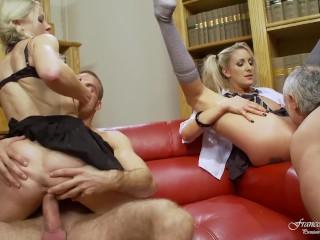 Nude sexy babes photos