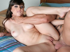 Young Teen Loves Getting Choked While Fucked