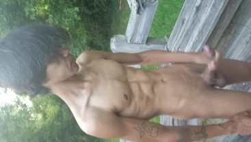 Hawaiian twink Boi_Candy having some late afternoon fun outside.