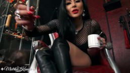 Mistress Kennya: Kneeling for My ash