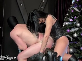mistress kennya every day is christmas for my bitch