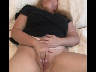 Raven Rubbing Her Pussy Until She Cums For You