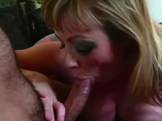 Older mom first anal