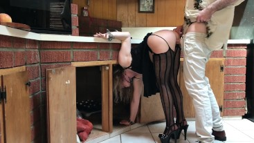 MILF stuck in the kitchen fucked by neighbor - Erin Electra