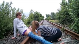 Railroad-Blowjob!