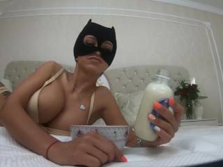 Anisyia Livejasmin 4k catwoman dripping milk from mouth cum eating fetish