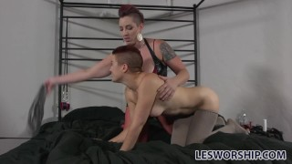 Short hair lesbian Ingrid Mouth gets taught a kinky lesson