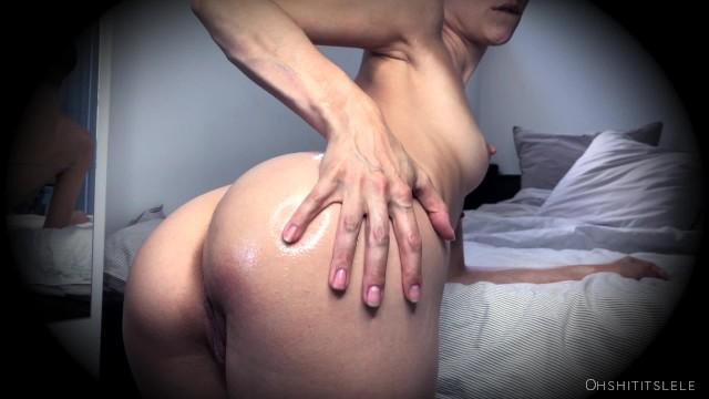Oil as facial moisturizer Always moisturize your butt 2.0. le gras cest la vie. teaser video. lele o