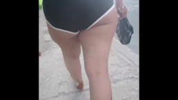 Wife candid big ass in booty shorts in public