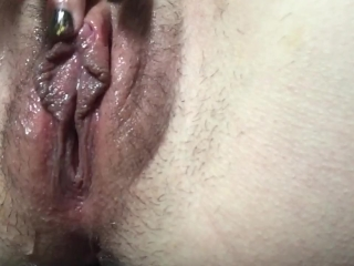 Swollen, oiled up pussy edges