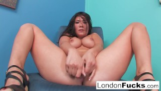 London's amazing solo Tits pussy