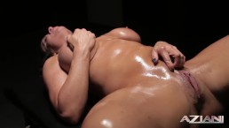 MIlf Mystery Massage with huge Squirt