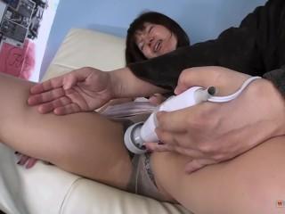 Pretty tan upskirt legs, Adult gallery,tube, porno