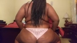 Ebony Teen Twerking in a Thong
