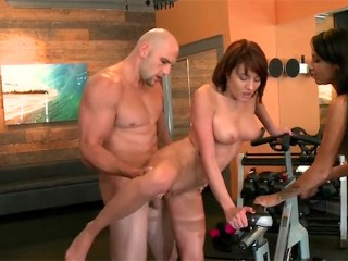 Teen Girl Seduced By Older Fucking, RealityKings- Chase Ryder gets her pussy drilled In the gym Babe Big Dick