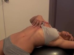 Alexis Rain Stretched Navel Orgasm