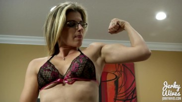 Cory Chase in Biceps and Blowjobs