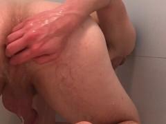 Intense solo ass play