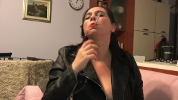 Marta leather marlboro100 danglinginhale