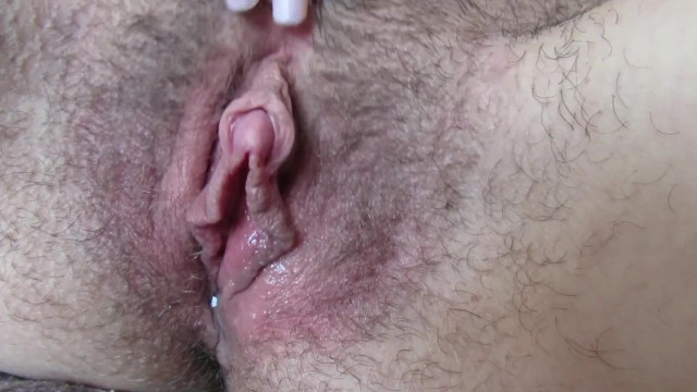 Wet Hairy Pussy Big Clit Jerking In Close Up - Pornhubcom-5994