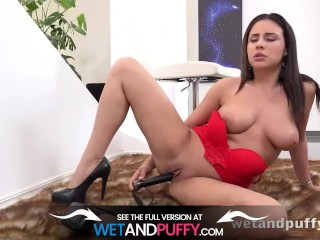 Wetandpuffy - Chanel Lux - Puffy Pussy
