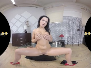 Virtualpee - Toying And Pissing - Virtual Reality Porn