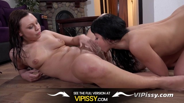 Adult shanti and kaa photos Lesbian piss drinking - morgan and taissia taste each others golden pee