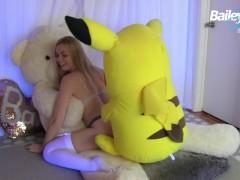 Plush Toy Threesome Cam Show - Bailey Rayne