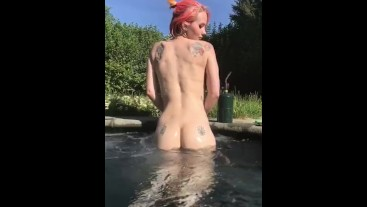 Slow mo in the pool