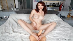 BaBeVR.com Busty Redhaed Kendra James Puts Seductive Solo For You