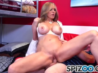 Spizoo – Julia Ann fucking a big hard dick, big booty & big boobs
