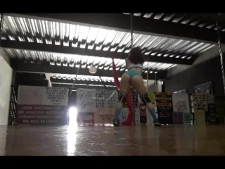 Sexy Chick Pole Dance in Panties