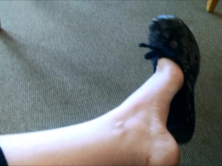 Public Shoe Dangle and Shoe Play Foot Fetish in Doctor's Office Sexy Feet