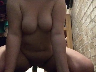 18 year old bbw fucking herself
