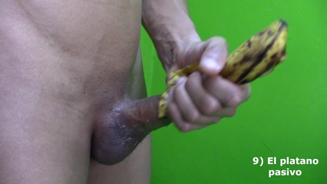 HORNY TEEN HANDJOB BEFORE SHOWER