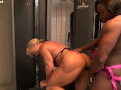 Naked Female Bodybuilders Fuck With a Dildo