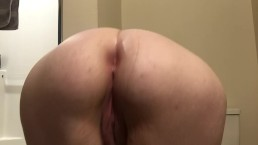 18 Year Old BBW Shaking Her Ass For Daddy