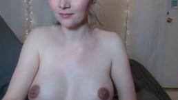 Pregnant woman masturbates with dlido