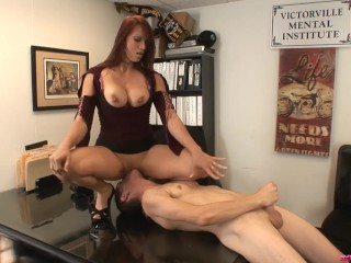 Sex In Makeup Room Fucking, Modeling agent nikki Hunter sucks and fucks male casting guy Chad Big