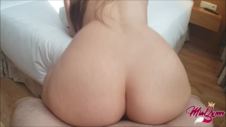 How long could you resist this twerk on your cock? Homemade missionary