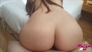 How long could you resist this twerk on your cock? Sex outside