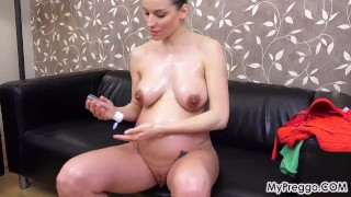 Pussy with up her plays oils victoria and big masturbate