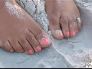 VACATION FEET