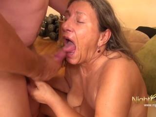 Jamaicn Blow Job Video Fucking, NIGHTCLUB- alte OmA fickt mit Ihrem nachbarn Big ass Big Tits Blowjo