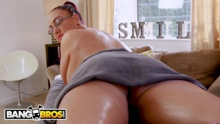 BANGBROS - Big Tits British Cougar Emma Butt Demands Massage From Step Son porno