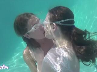 Underwater Lesbians main image